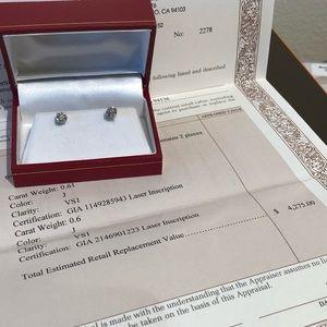 Jewelry - GIA Diamond stud earrings